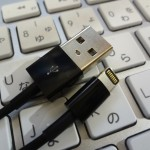 lightning-cable-black-1DSC01719