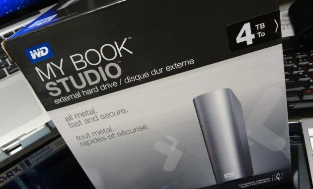 my-book-studio-wdbcpz0040hal-1DSC00046