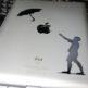 『デカールステッカー』でiPadがスタイリッシュに大変身!リンゴマークを生かしたオシャレなデザイン!