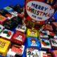 クリスマスパーティーにオススメ!チロルチョコがたっぷり入った『クリスマスカップ』。切手を貼ればプレゼントとしても贈れます!