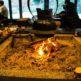 【播磨屋本店 生野総本店】茅葺き屋根の母屋には古き良き日本の風景が広がる!囲炉裏やかまどで燃える薪がはぜる音が何だか懐かしい!